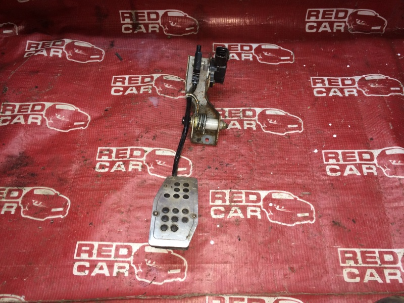 Педаль газа Nissan X-Trail NT30-155511 QR20-588664A 2000 (б/у)