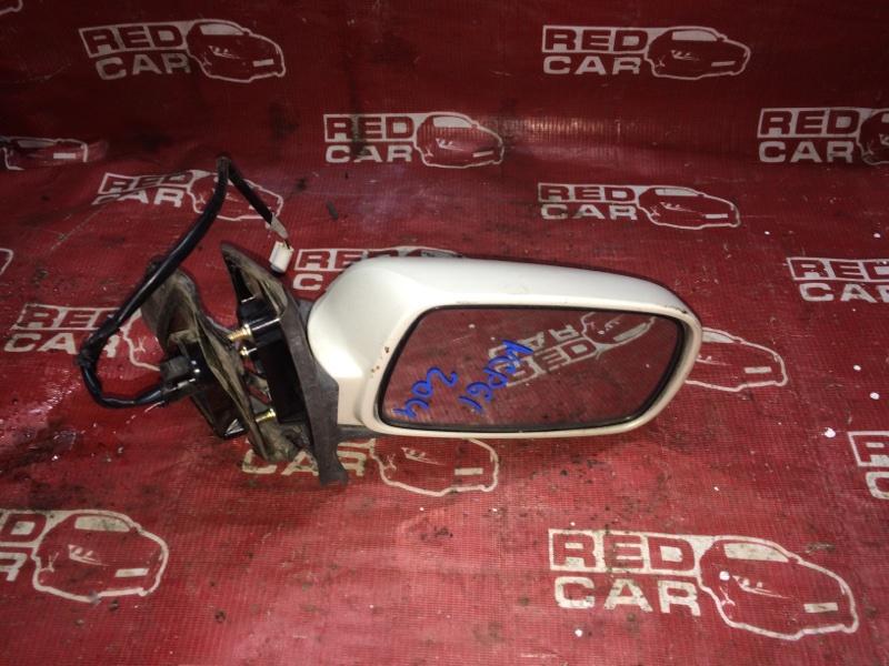 Зеркало Toyota Ist NCP61-0007975 1NZ-2300529 2002 правое (б/у)