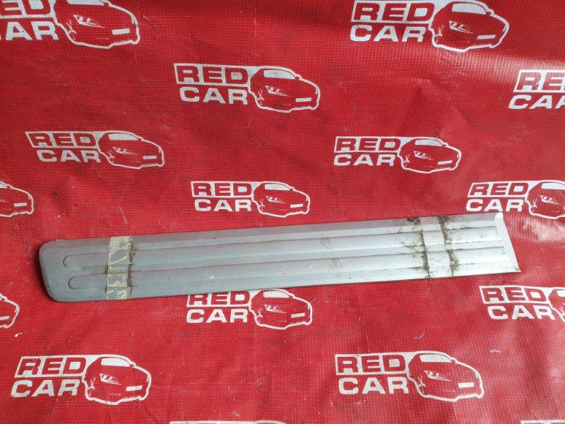 Накладка на порог Honda Cr-V RD1 B20B правая (б/у)