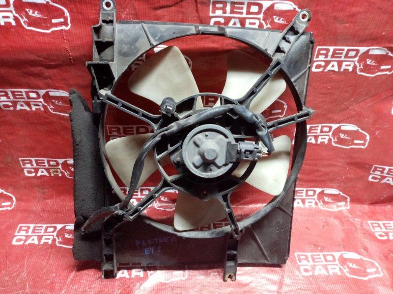 Диффузор радиатора Honda Partner EY8 D16A (б/у)
