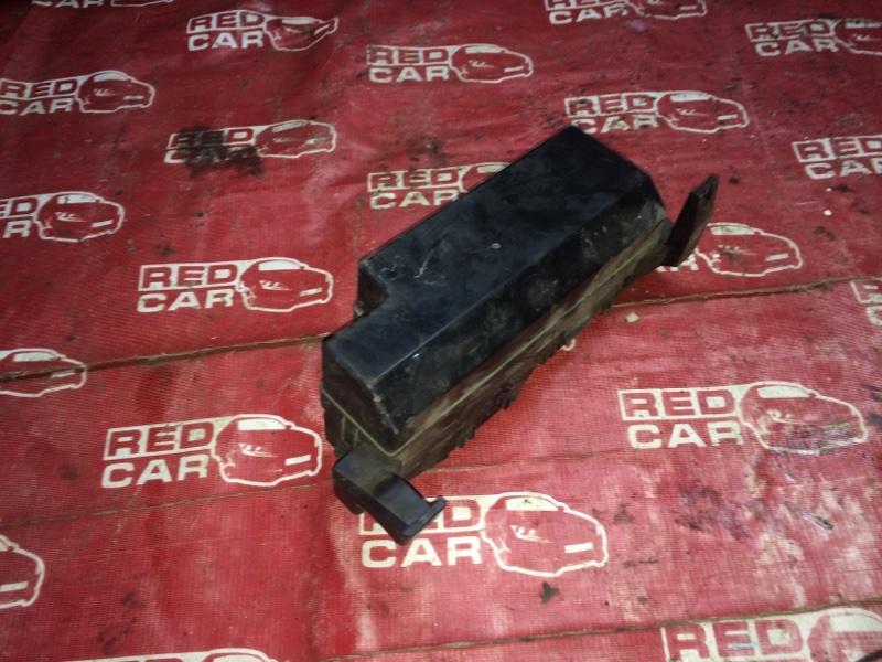 Блок предохранителей под капот Mitsubishi Mirage Dingo CQ1A-0200216 4G13 2001 (б/у)