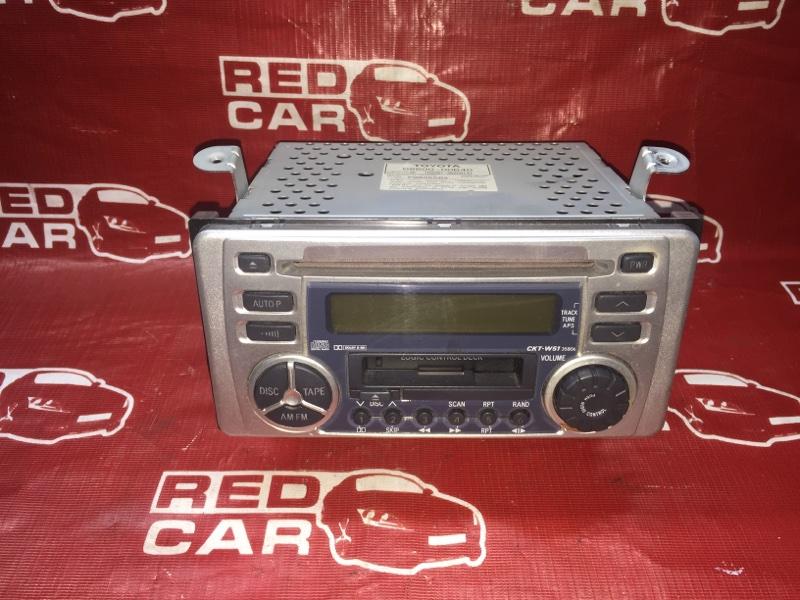 Магнитофон Toyota (б/у)