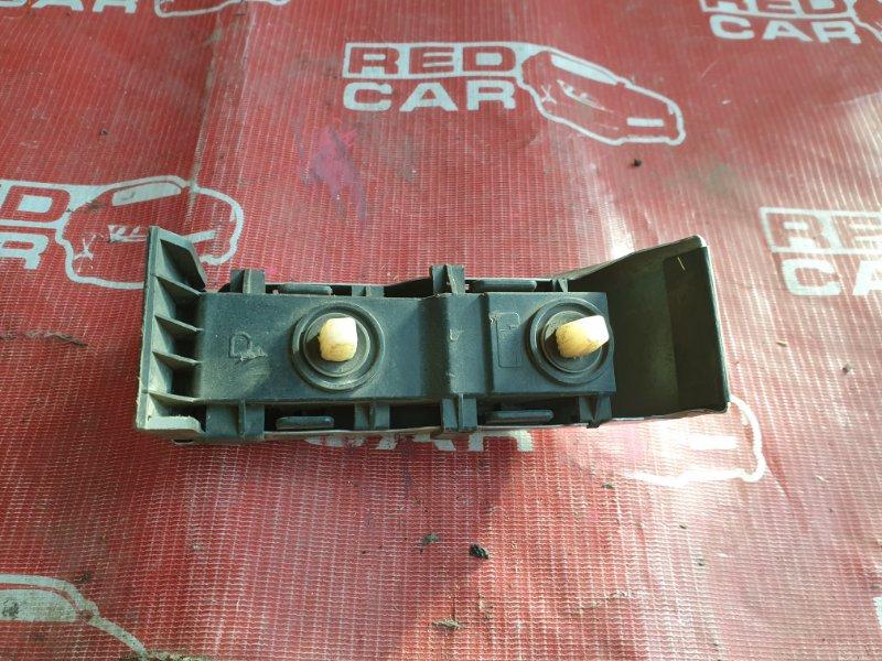 Планка под стоп Toyota Corolla AE100 задняя правая (б/у)
