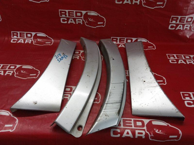 Накладка на крыло Toyota Ipsum SXM15-0016323 3S-2171648 1996 (б/у)