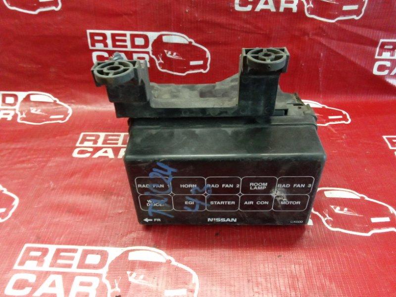 Блок предохранителей Nissan Serena TNC24-205079 QR20 2002 (б/у)