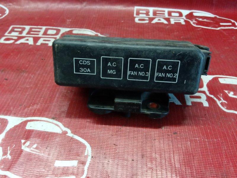 Блок предохранителей под капот Toyota Sprinter Carib AE114-7000502 4A 1995 (б/у)