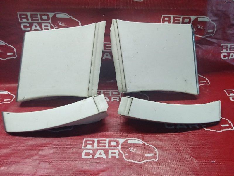 Накладка на крыло Toyota Aristo JZS161-0003018 2JZ-GTE 1997 (б/у)