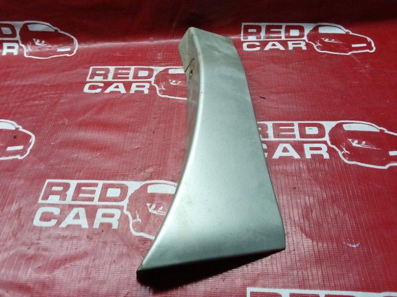 Накладка на крыло Toyota Ipsum CXM10-0003007 3C-6543273 1997 правая (б/у)