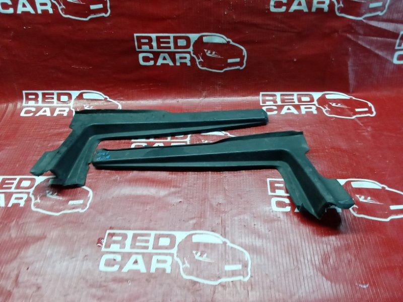 Уголок Toyota Ractis NSP120-2009788 1NR 2011 (б/у)