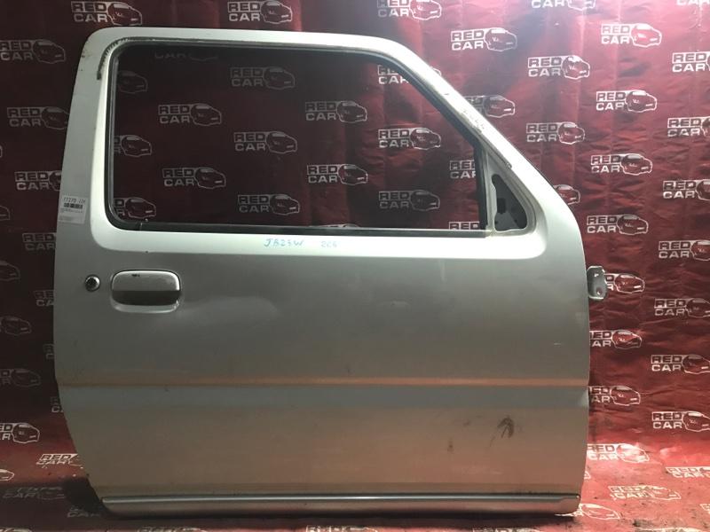 Дверь Suzuki Jimny JB23W-213260 K6A 2000 передняя правая (б/у)