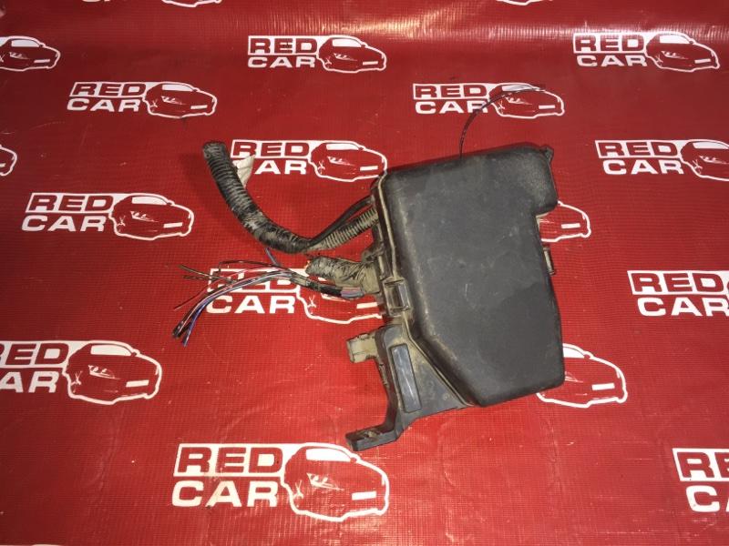 Блок предохранителей под капот Mazda Verisa DC5W-305952 ZY 2006 (б/у)