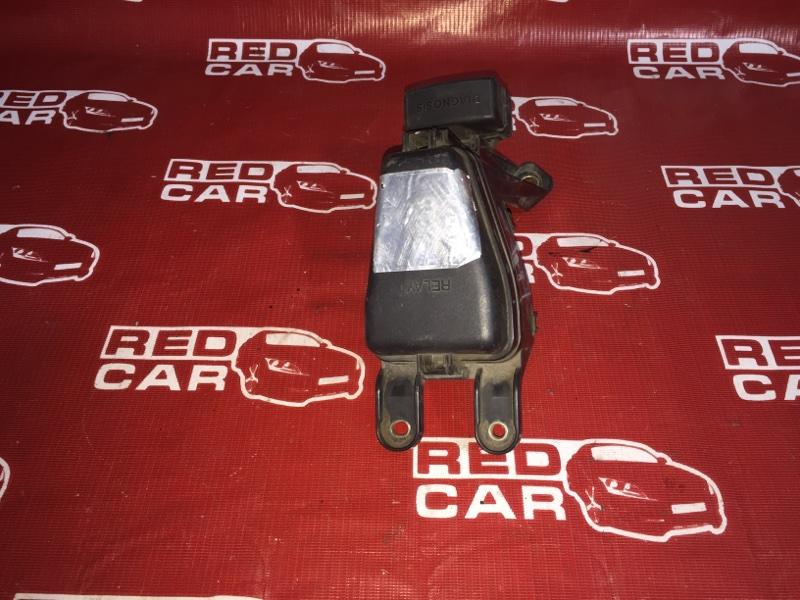Блок предохранителей под капот Toyota Progres JCG10-0016564 1JZ 1999 (б/у)