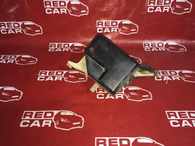 Блок предохранителей под капот Toyota Funcargo NCP20-0042167 2NZ 1999 (б/у)