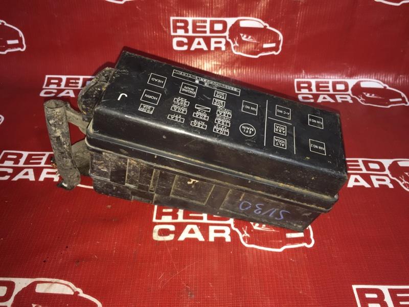 Блок предохранителей под капот Toyota Camry SV30 3S (б/у)