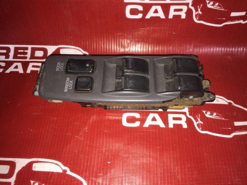 Блок упр. стеклоподьемниками Toyota Camry SV30 3S передний правый (б/у)