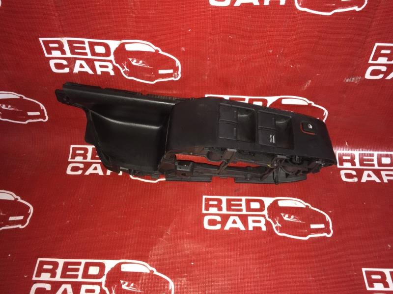 Блок упр. стеклоподьемниками Honda Fit GE6-1048939 L13A 2007 передний правый (б/у)