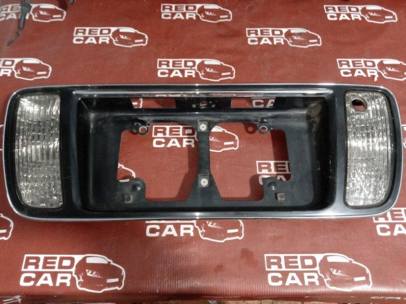 Рамка для номера Toyota Progres JCG10-0016564 1JZ 1999 (б/у)