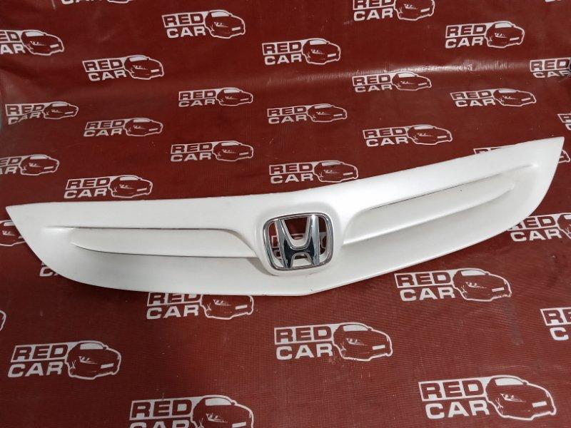 Решетка радиатора Honda Fit GD1 (б/у)