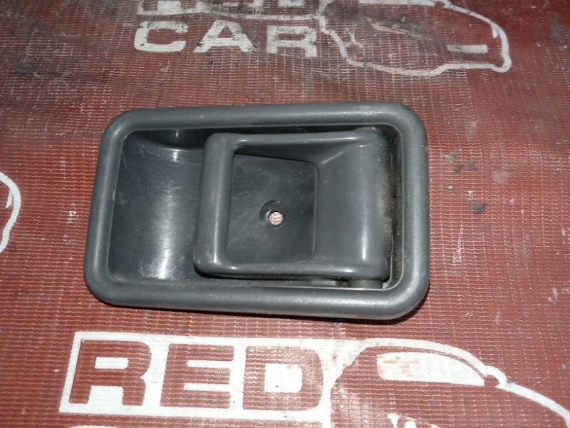 Ручка двери внутренняя Mazda Proceed Marvie UVL6R-101536 WL 1996 передняя правая (б/у)