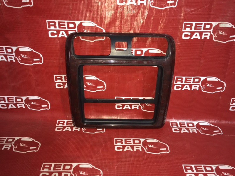 Центральная консоль Toyota Grand Hiace KCH16-0025168 1KZ 1999 (б/у)