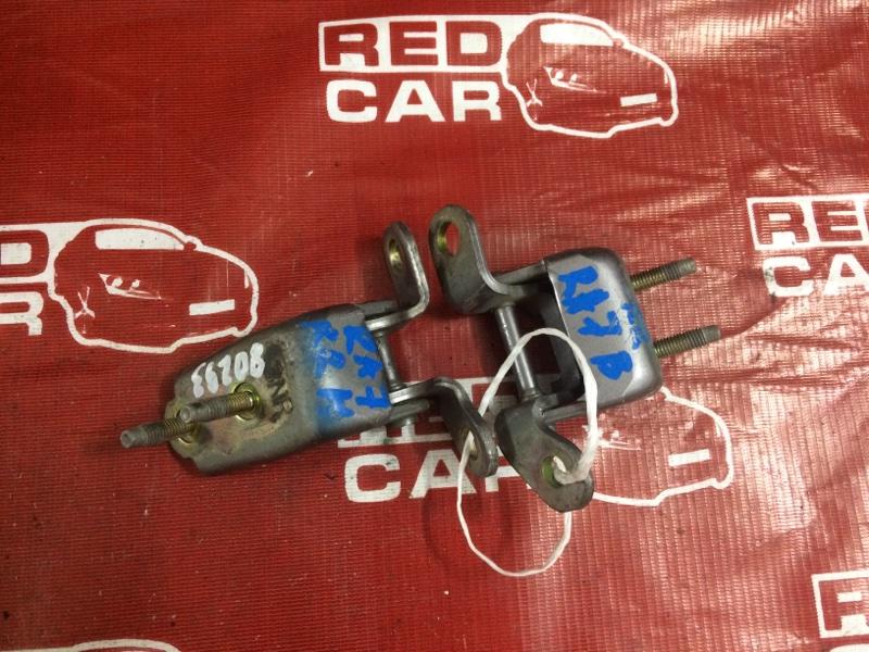Петля двери Honda Odyssey RA7 задняя правая (б/у)