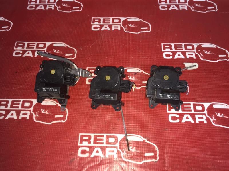 Сервопривод заслонок печки Toyota Gaia SXM15-0063436 3S 1999 (б/у)