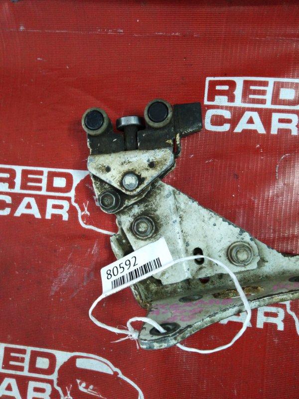 Ролик раздвижной двери Nissan Elgrand AVWE50 правый (б/у)