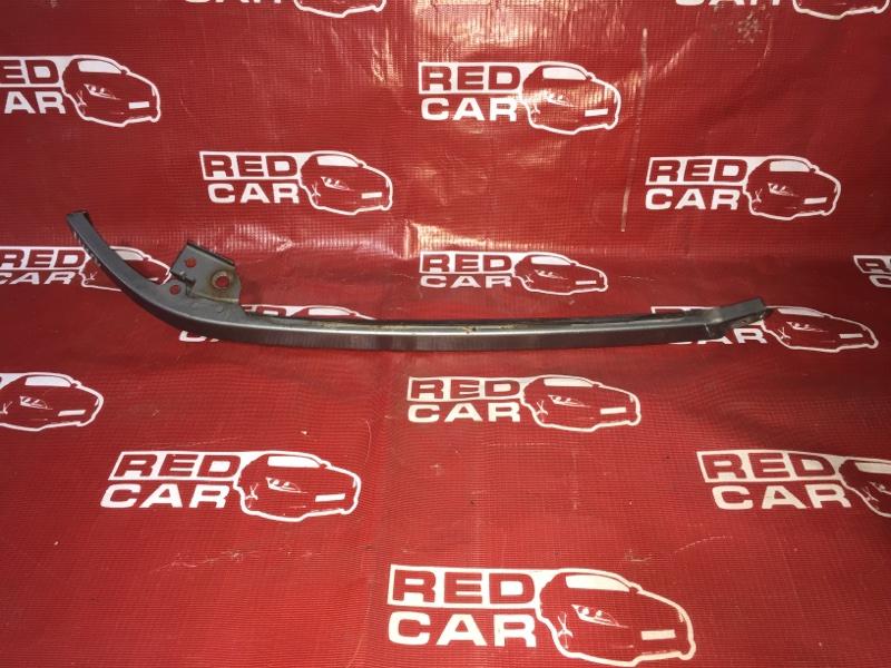 Планка под фары Toyota Corona Premio ST215-0001688 3S-6951111 1996 правая (б/у)
