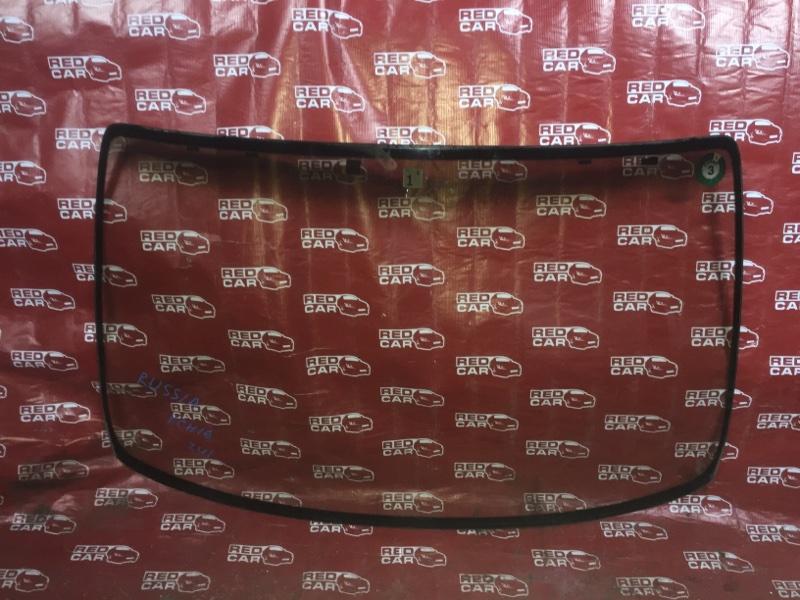 Лобовое стекло Toyota Grand Hiace KCH16-0025168 1KZ 1999 (б/у)