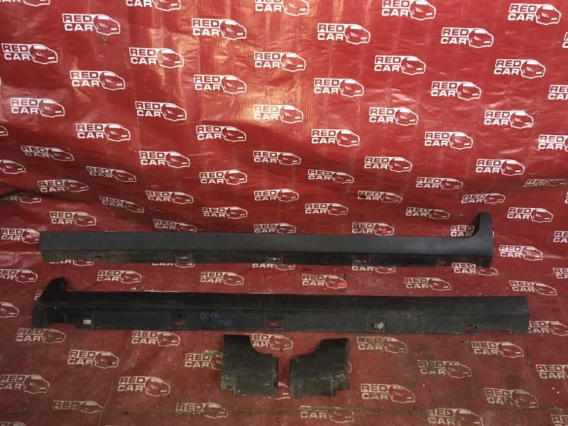 Порог Mazda Verisa DC5W-305952 ZY 2006 (б/у)