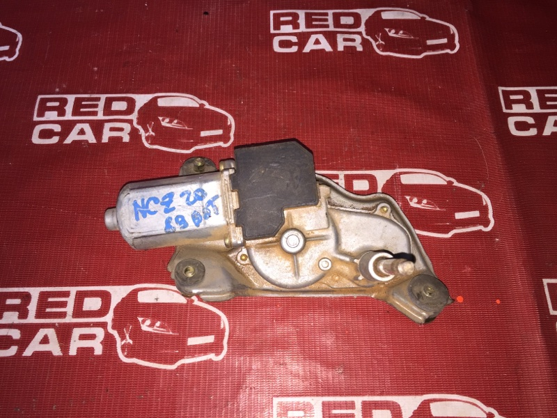 Моторчик заднего дворника Toyota Raum NCZ20-0012079 1NZ 2003 (б/у)