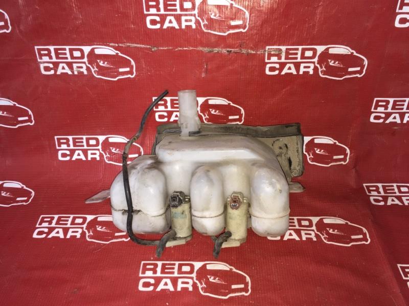 Бачок омывателя Nissan Elgrand ATWE50-031295 ZD30 2000 (б/у)