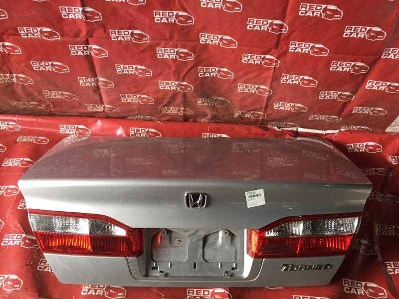 Крышка багажника Honda Torneo CF3 (б/у)