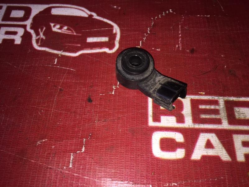 Датчик детонации Toyota Corolla Axio NZE141 1NZ (б/у)