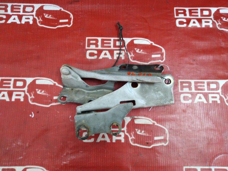 Петля капота Nissan Terrano PR50-011147 QD32 1997 (б/у)