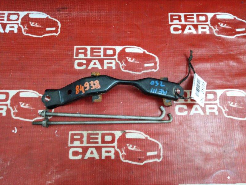 Крепление аккумулятора Toyota Carib AE111-7071013 4A-H371642 1999 (б/у)
