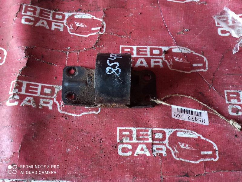 Подушка кпп Nissan Largo NW30-007284 KA24-687868W 1994 (б/у)