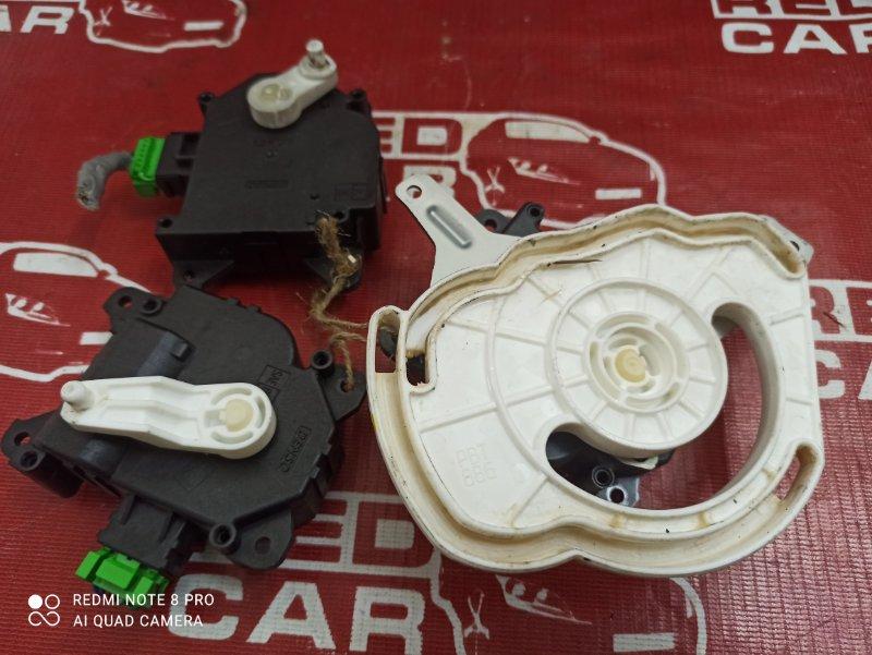 Сервопривод заслонок печки Honda Freed GB4-1006432 L15A-2506442 2009 (б/у)