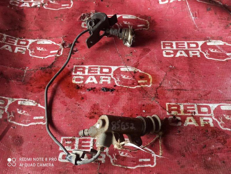 Рабочий цилиндр сцепления Toyota Hiace LH178-1006534 5L-5118674 2001 (б/у)