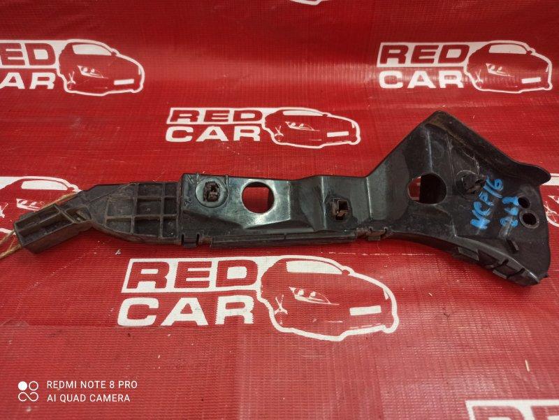 Крепление бампера Toyota Platz NCP16-0022564 2NZ-3605672 2005 переднее правое (б/у)