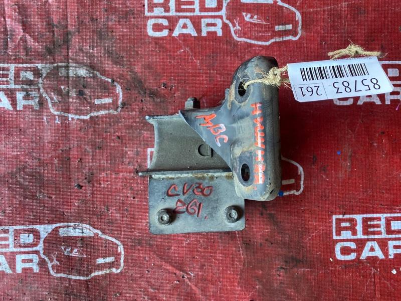 Подушка глушителя Toyota Camry CV30-0009311 2C-1698817 1990 (б/у)