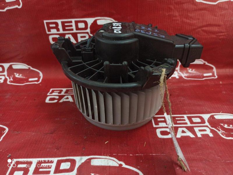 Мотор печки Toyota Vitz KSP90-5057608 1KR-0247076 2006 (б/у)