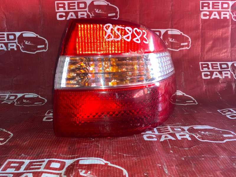 Стоп-сигнал Toyota Corolla AE110 правый (б/у)