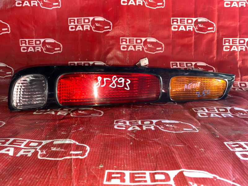 Стоп-сигнал Toyota Carib AE111-7071013 4A-H371642 1999 левый (б/у)