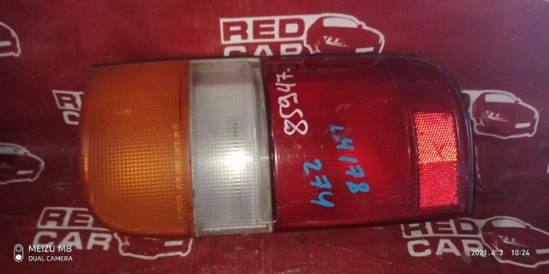Стоп-сигнал Toyota Hiace LH178-1006534 5L-5118674 2001 правый (б/у)