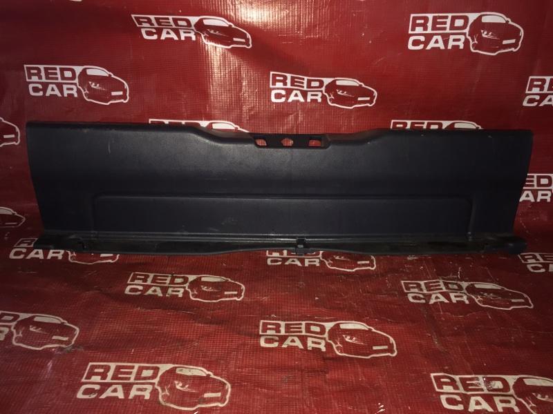 Накладка замка багажника Honda Civic EU1-1026790 D15B-3637907 2001 (б/у)