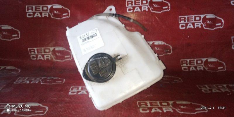 Бачок омывателя Toyota Sprinter AE110-0062450 5A-C230682 1996 (б/у)