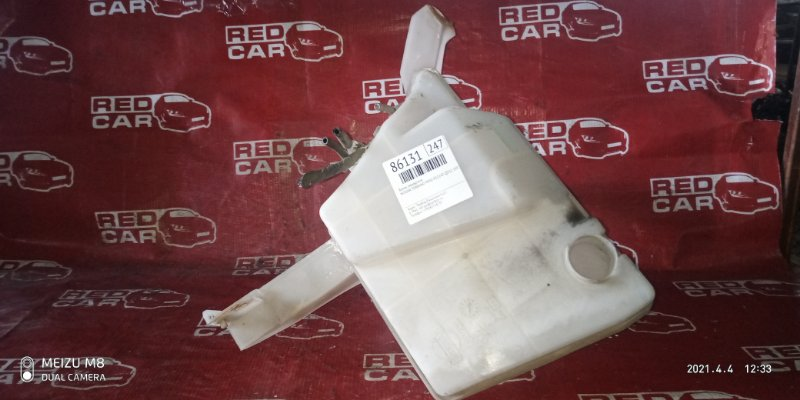 Бачок омывателя Nissan Terrano PR50-011147 QD32 1997 (б/у)