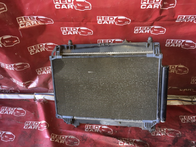 Радиатор основной Toyota Vitz KSP90-5057608 1KR-0247076 2006 (б/у)