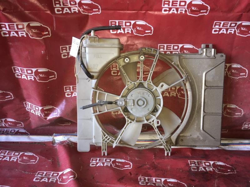 Диффузор радиатора Toyota Vitz KSP90-5057608 1KR-0247076 2006 (б/у)